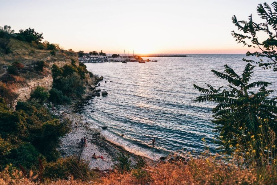 Beautiful-Beach-in-Sevastopol-during-Sunset