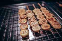 Grilled-Bananas-on-Wooden-Sticks
