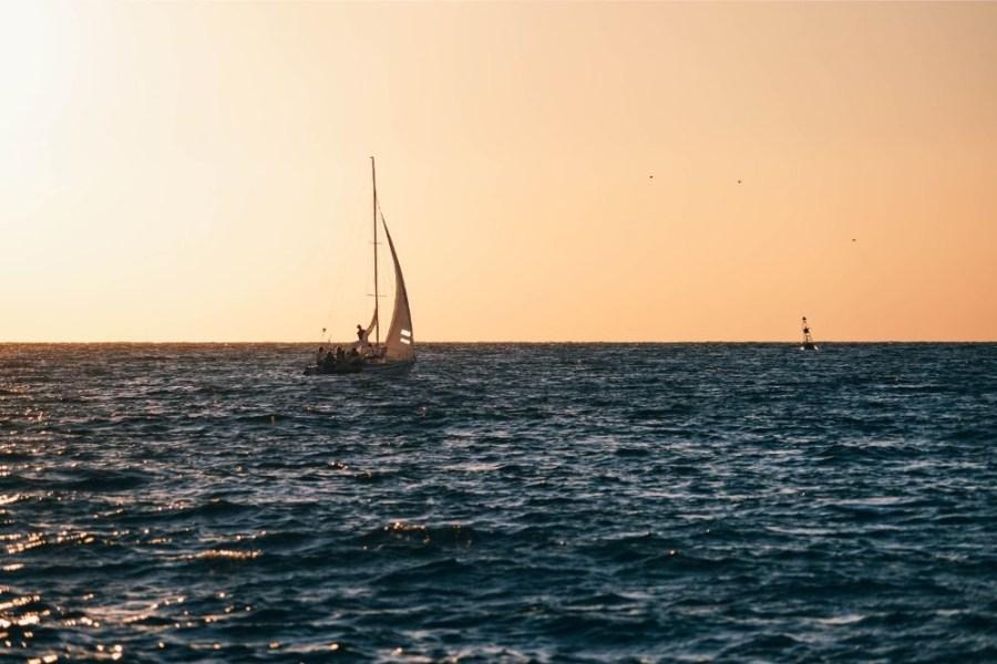 Sailing-Boat-Photographed-at-Sunset