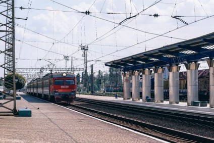 Train-Approaching-the-Station