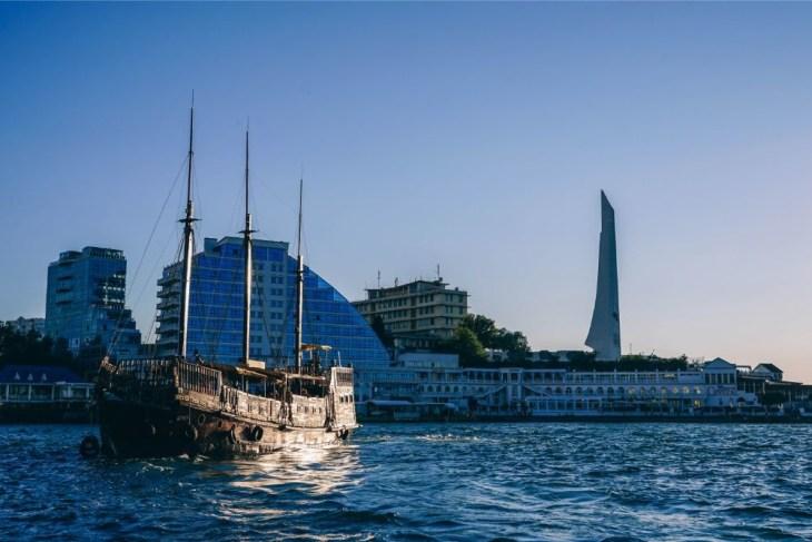 Vintage-Passenger-Sailing-Ship-in-Sevastopol