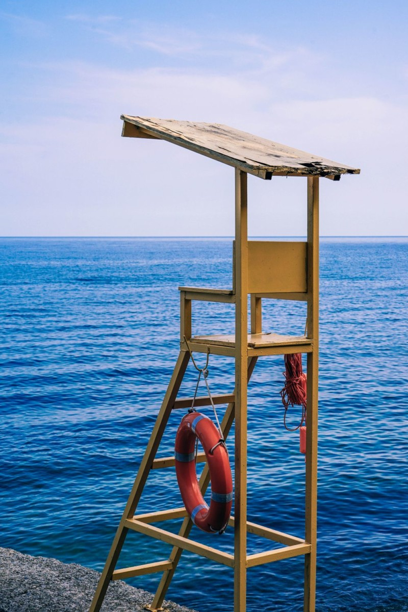 Yellow-Lifeguard-Chair-at-the-Beach-in-Sevastopol