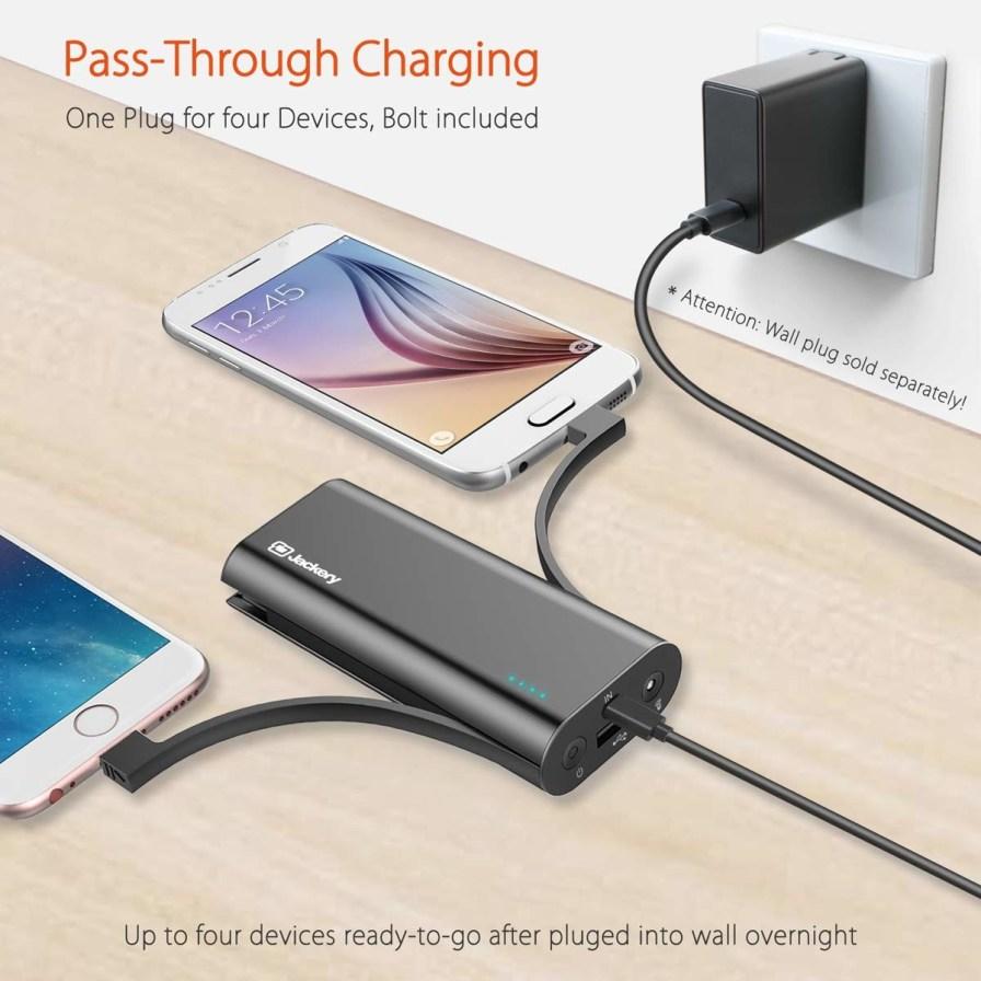 Portable-Charger-Jackery-Bolt-6000-mAh-Power-bank-2