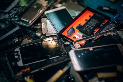 Close-up-Shot-of-Broken-Smartphones