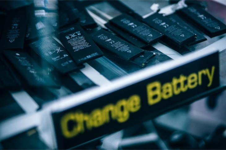 Lithium-Ion-Batteries-for-Sale-in-an-Electronics-Shop