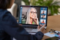 Top 5 Replacements for Google Hangouts