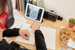 Mobile Learning Strategies for Corporate Training