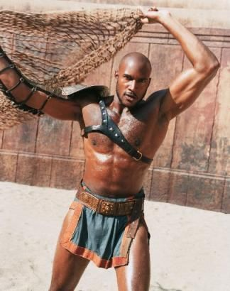 henry_simmons_gladiator_shirtless