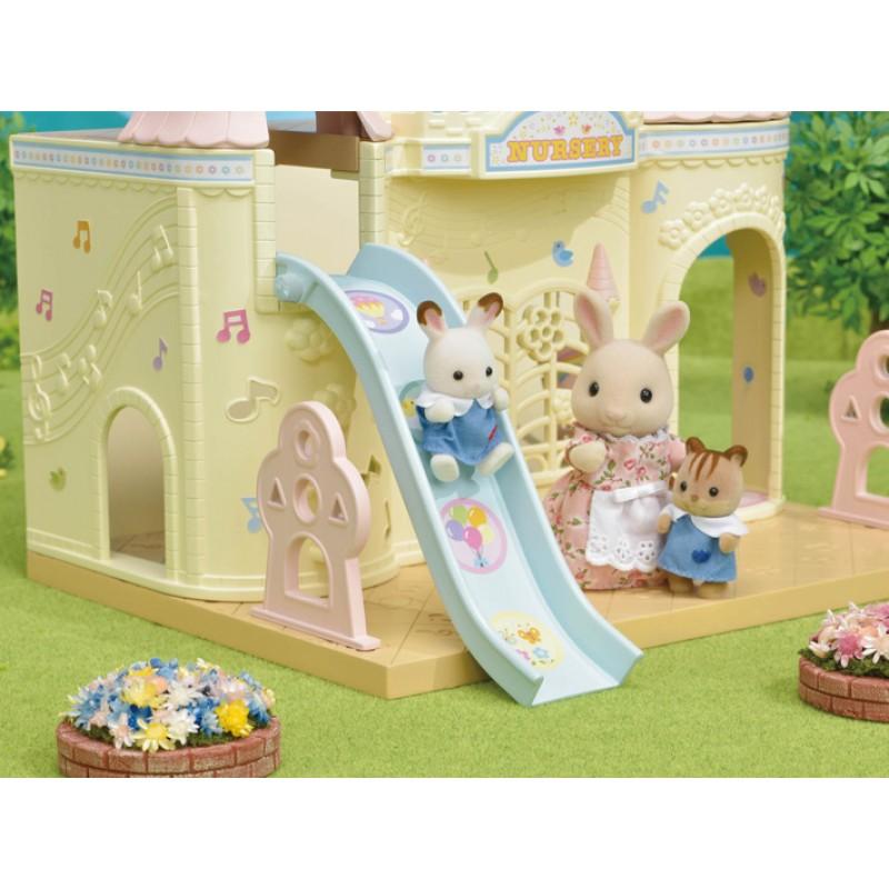 New in 2018 Sylvanian Families Baby Castle Nursery