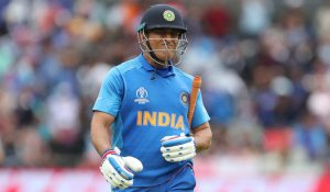 Dhoni's performance should not be judged on IPL for India comeback