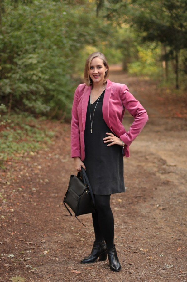 pink velvet blazer and all black, 40+ style blogger, 40+ fashion blogger