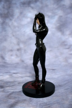 Cover Girls of DC Catwoman Statue 002