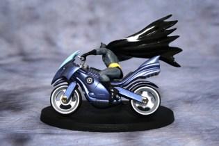DC Superhero Figurines Batcycle 002