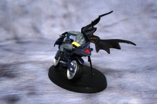 DC Superhero Figurines Batcycle 003