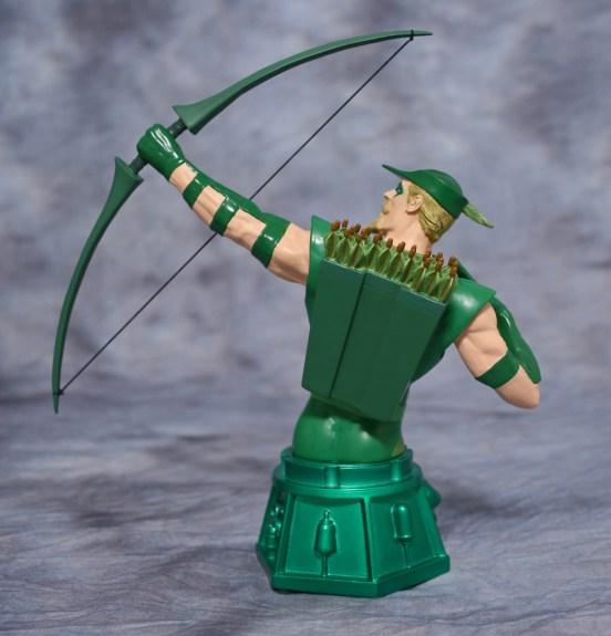 Heroes of DC Green Arrow Bust 003