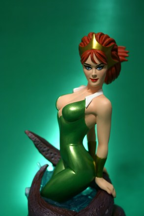 Women of DC Mera Bust 006