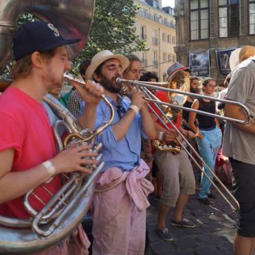 Finalement, les trombones ne sont pas si mal en photo !