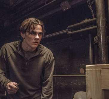 """COLONY -- """"Free Radicals"""" Episode 207 -- Pictured: Alex Neustaedter as Bram Bowman -- (Photo by: Isabella Vosmikova/USA Network)"""