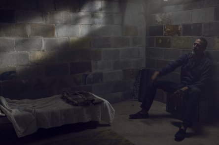 Jeffrey Dean Morgan as Negan- The Walking Dead _ Season 9, Episode 8 -