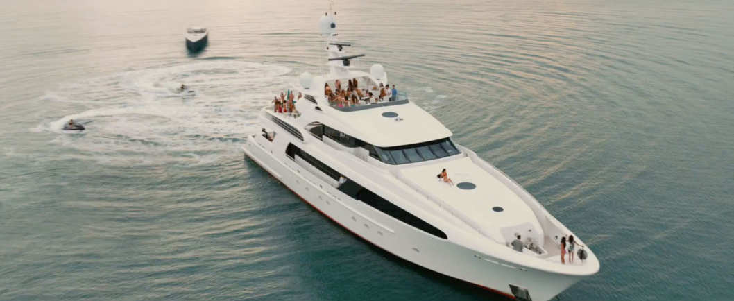 Yacht from the Entourage movie