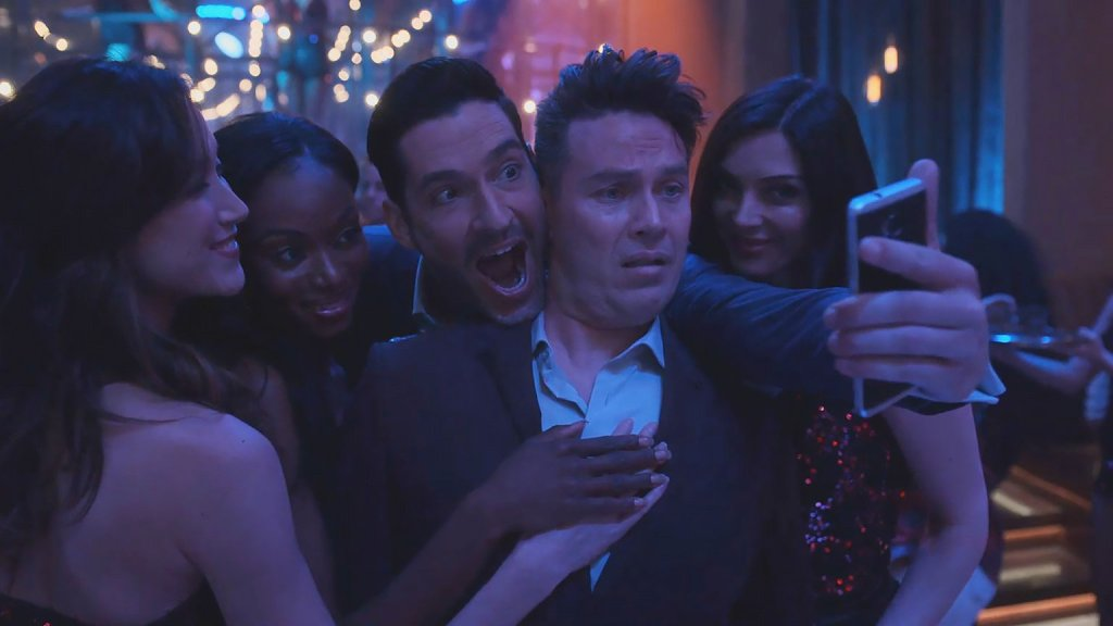"""'Lucifer' 5x12 Review: """"Daniel Espinoza: Naked and Afraid"""""""