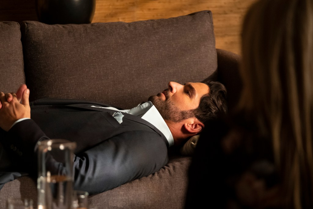Lucifer 6x02 Review: Buckets of Baggage