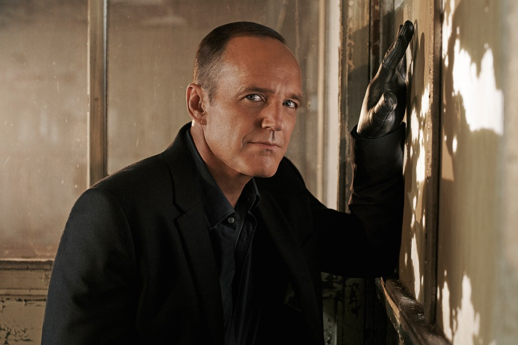 Phil Coulson prosthetic hand
