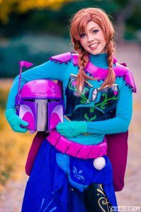 Cosplayer Shel (Life of Shel) as Anna Fett