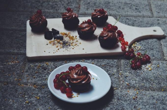 """""""Nutella"""" cupcakes – the vegan version"""