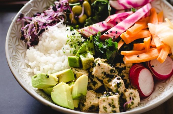 Sushi bowl – seaweed sesame tofu