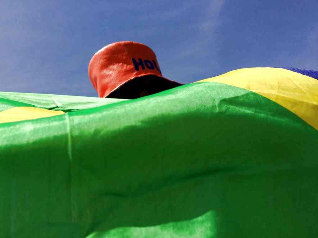 blog brasil fan flag