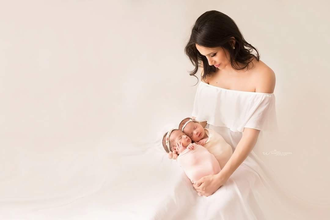 mom baby newborn