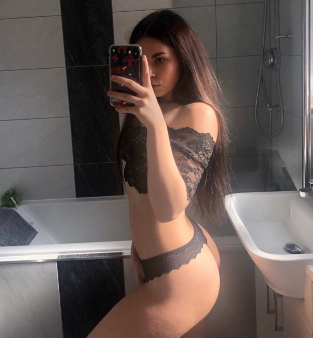 744351144a10f451cd0229c69653e617 950x1024 LAUREN ALEXIS NUDE SEXY ONLYFANS LEAKED