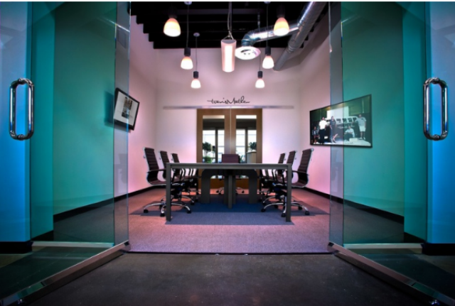 Classical mode combined with modern lines - modern conference room design ideas