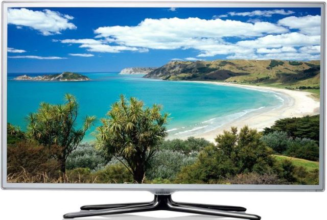 "The D Series 32"" Outdoor LED HD TV - Best Outdoor TVs"