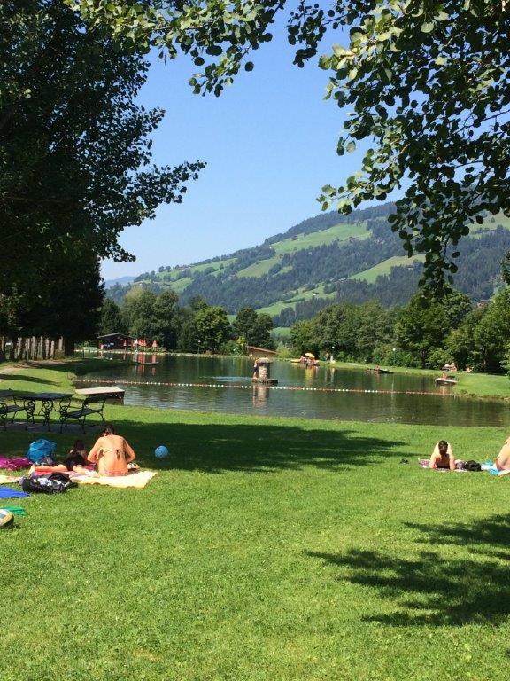 Brixen im Thale Zomer Zwemmeer