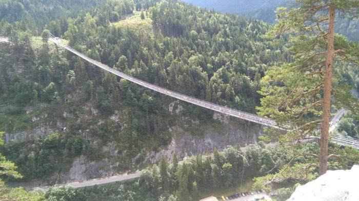 Foto's vanuit FO Reutte Hangbrug Evelien van Vuren