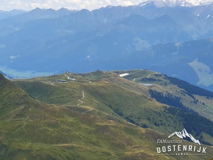Grosse Resttenstein uitzicht op sneeuwdepot Resterhöhe