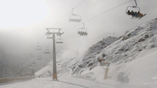 Ehrwald, 15 jarige valt bewusteloos uit skilift