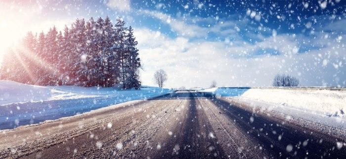 Tolvignet auto sneeuw