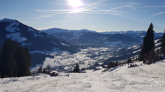 Dalafdaling Nieding Brixen im Thale met uitzicht Brixental Westendorf