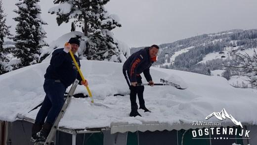 Sneeuwdump 12 jan 2019 scheppen