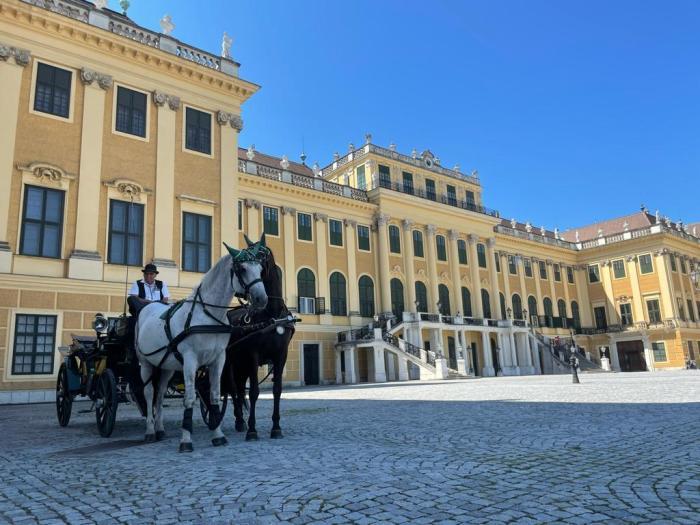 Schönbrunn aan de voorkant Wenen
