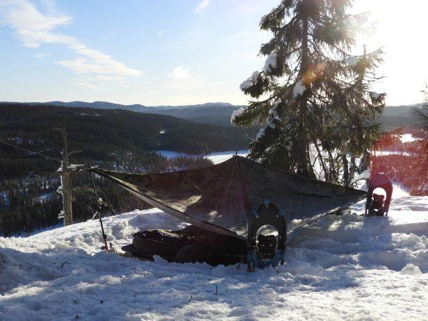 Truger og staver kan brukes til å spenne opp tarp og fjellduk - Oslomarka - Nordmarka - Fantastiske marka