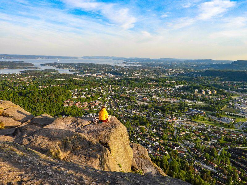 Utsikt over Oslofjorden og Bærum fra Søndre Kolsåstoppen - Oslomarka - Bærumsmarka - Bærum - Topper - Utsiktspunkt - Fantastiske marka