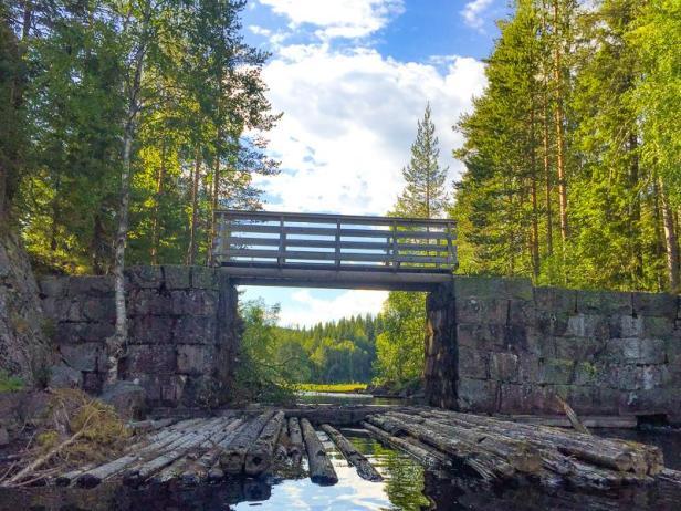 Gåslungsdammen i Nordmarka mellom Gåslungen og Øyungen - Oslomarka - Demninger - Kano - Packraft - Fantastiske marka