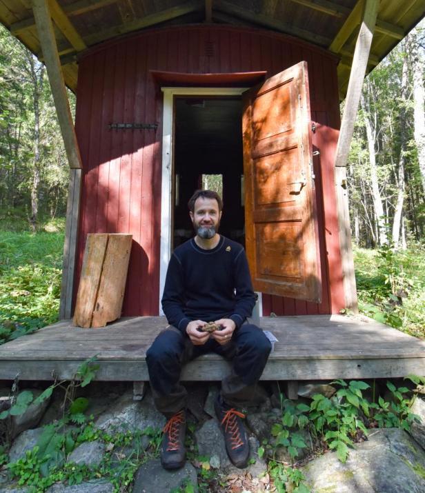 En pause og matbit utenfor Deliseterkoia i Østmarka - Oslomarka - Åpne koier - Fantastiske marka