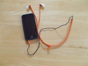 BEAMSジッパー型スマートフォンイヤホン
