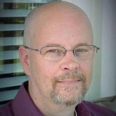 Arlo Adams Author Photo head shot