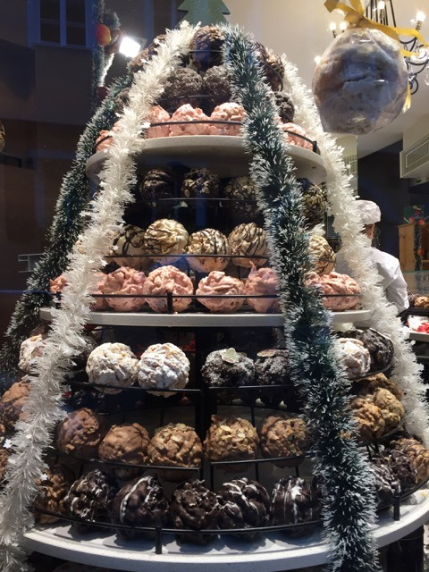Fantasy Aisle, Dessert pastry made from shortcrust popular Rothenburg